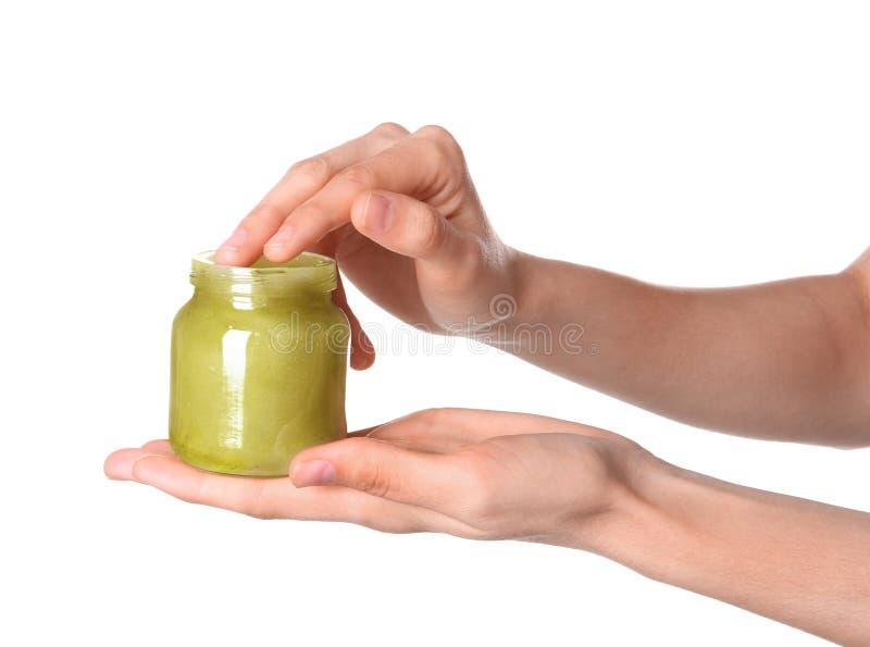 Femme avec le pot de lotion de chanvre images libres de droits