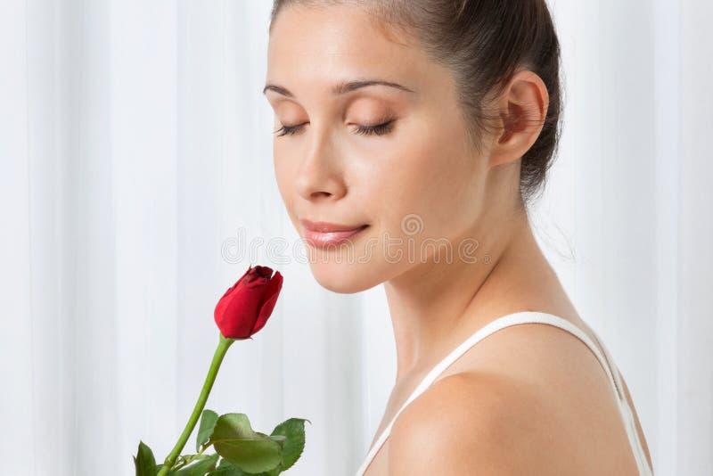 Femme avec Rose rouge photos libres de droits