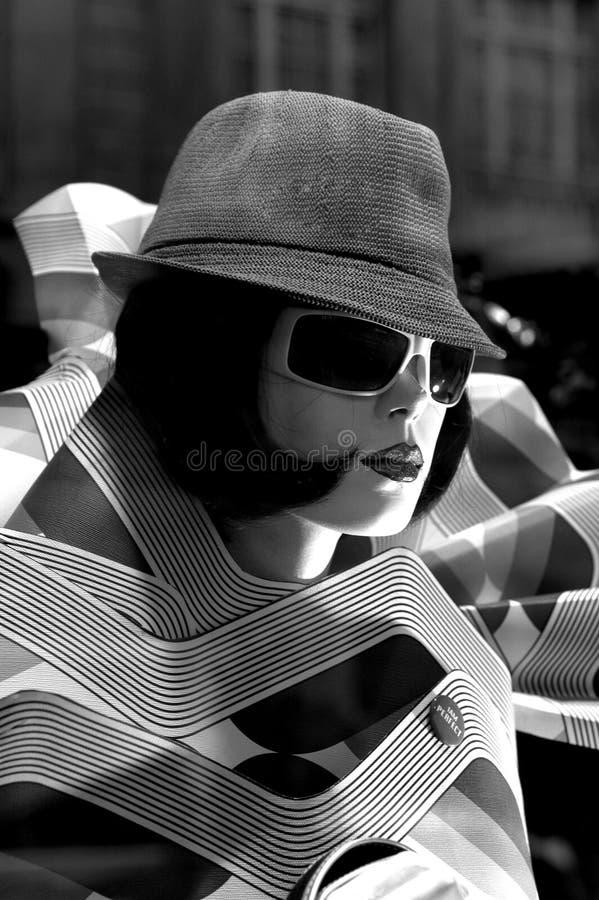 Femme avec un chapeau photo libre de droits