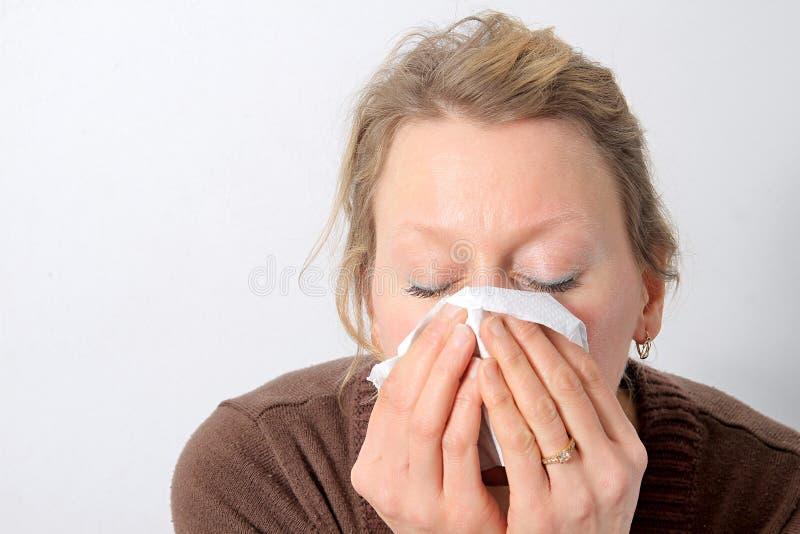 Femme avec un froid photo stock