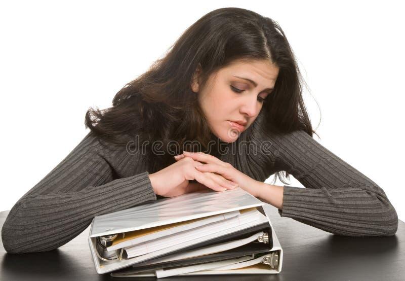 Femme avec des carnets image stock