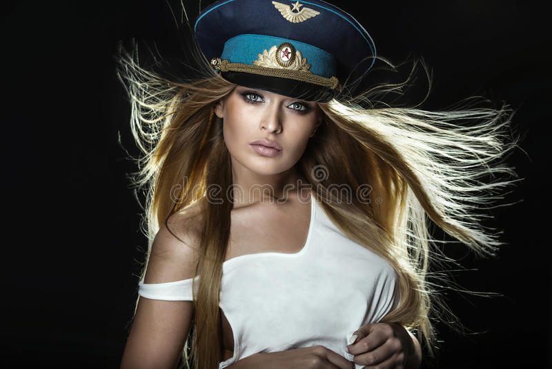Femme blonde attirante des FO de portrait photo libre de droits