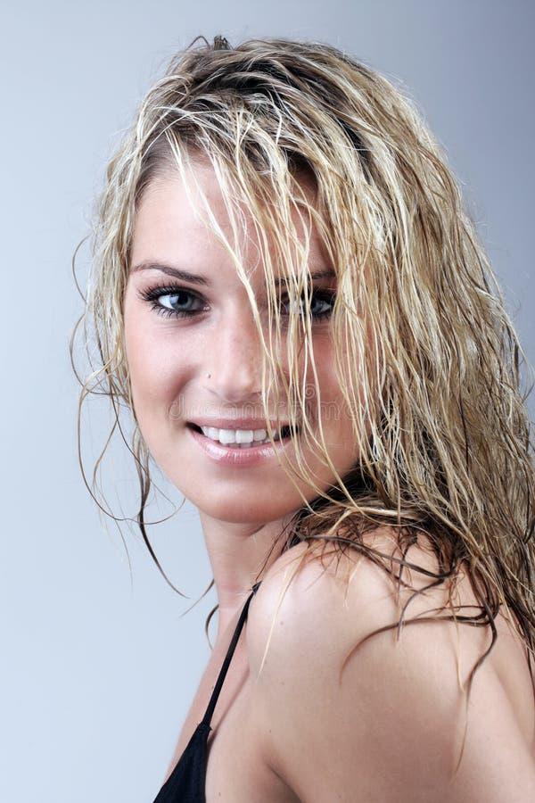 Femme blonde bronz e en bonne sant avec de longs cheveux - Femme blonde photo ...