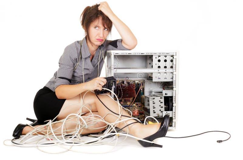 Femme boudant avec l'ordinateur images stock