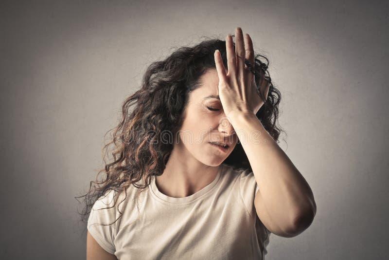 Femme bouleversé photographie stock libre de droits
