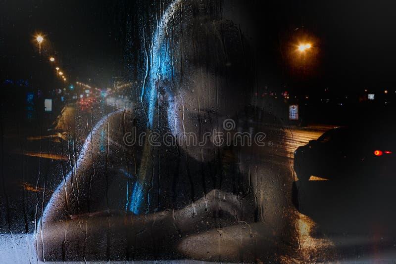 Femme célibataire dans la frustration photos libres de droits