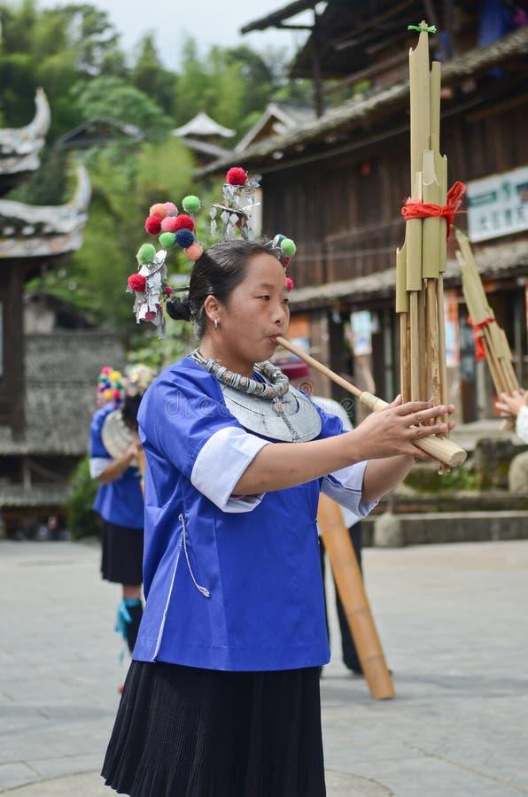Femme chinoise de minorité images libres de droits