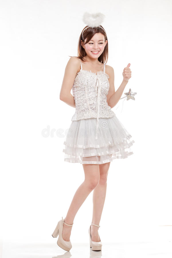 Femme chinoise en Angel Costume avec la baguette magique photos stock