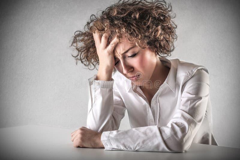 Femme désespérée triste photographie stock