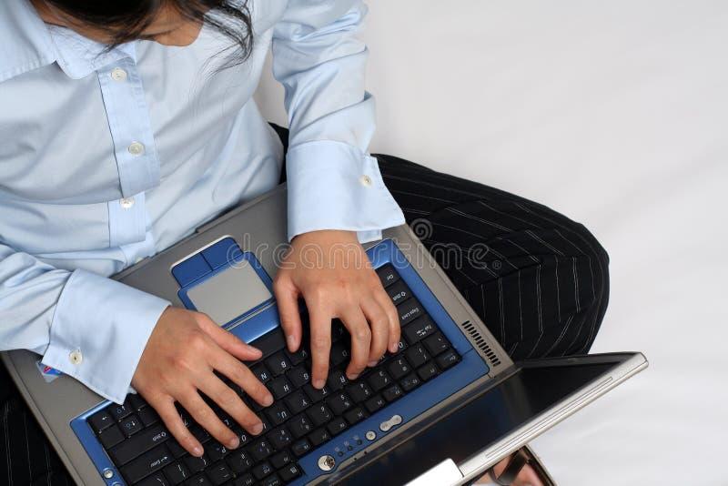 Download Femme d'affaires image stock. Image du affaires, dame, productif - 740033