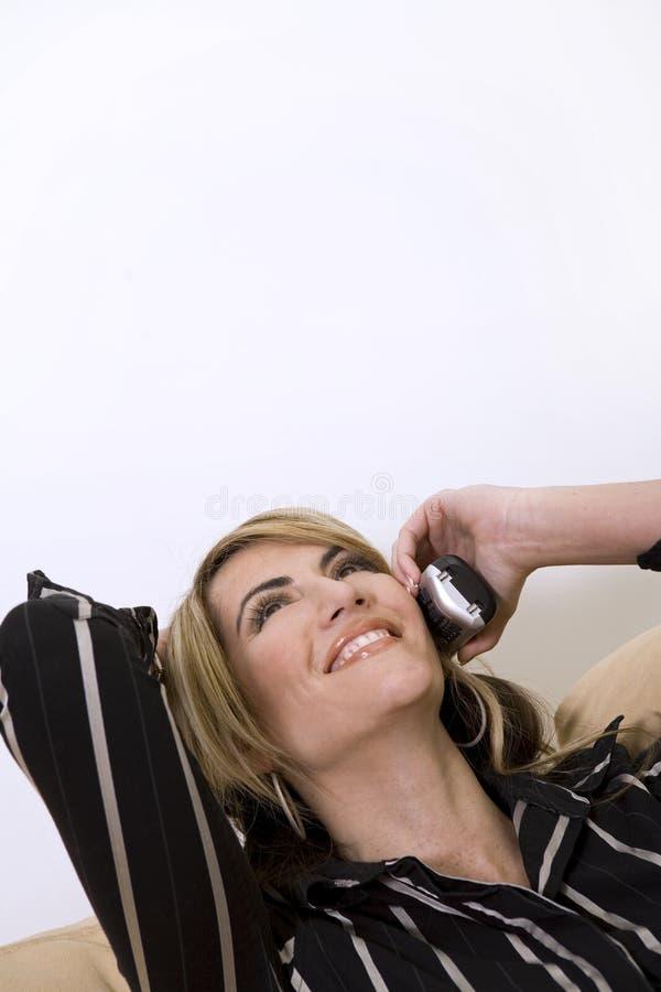 Femme d'affaires au téléphone images libres de droits
