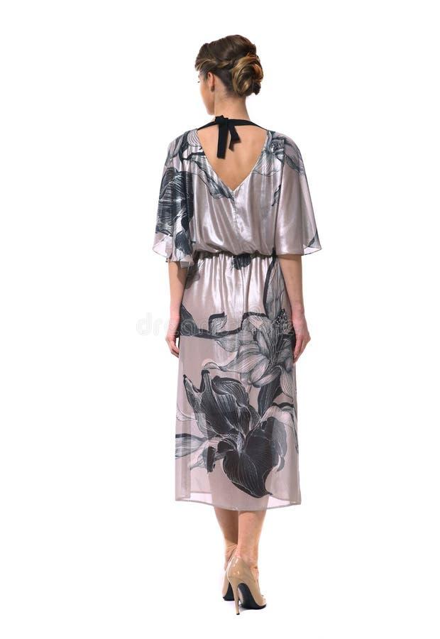 Femme d'affaires dans des vêtements formels d'isolement sur le blanc image stock