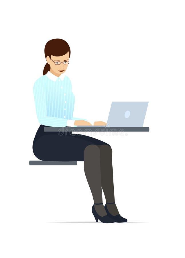 Femme d'affaires dans des verres et un costume, travaillant sur un ordinateur portable Illustration plate de vecteur de style photo stock