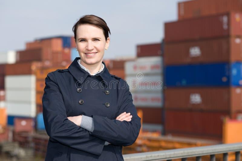 Femme d'affaires dans l'exportation images libres de droits