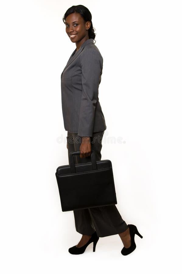 Femme d'affaires dans le procès de culotte gris photo stock