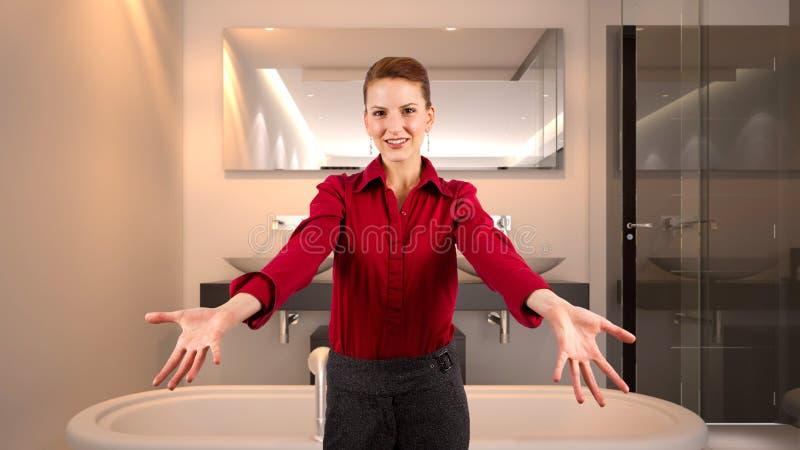 Femme d'affaires dans un hôtel photographie stock
