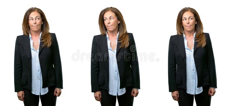 Femme d'affaires de Moyen Âge avec de longs cheveux photographie stock libre de droits
