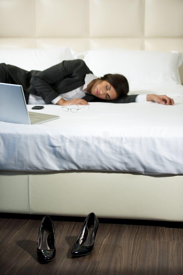 Femme d'affaires en sommeil photos stock