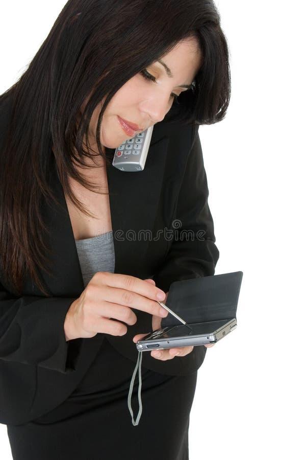 Femme d'affaires faisant un appel image stock