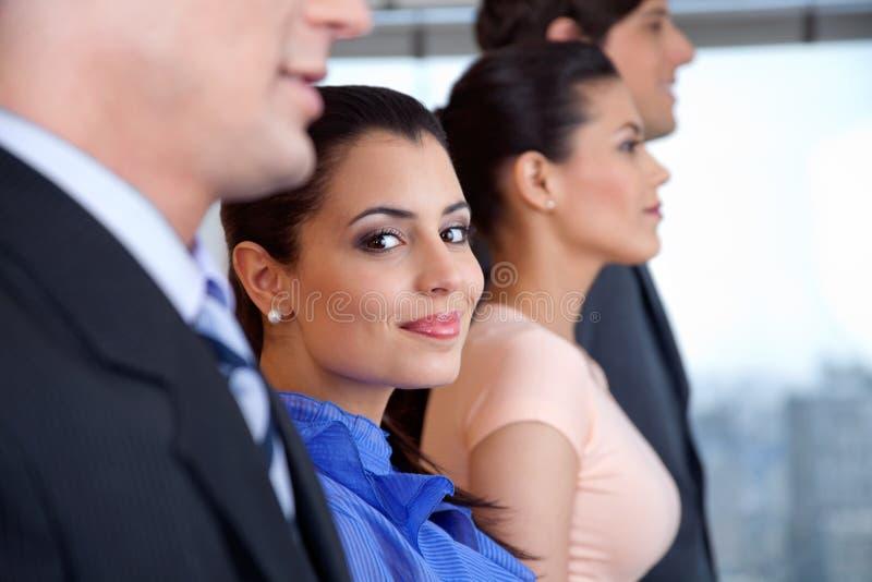 Femme d'affaires futée Smiling image libre de droits