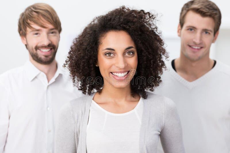 Femme d'affaires heureuse d'afro-américain image libre de droits