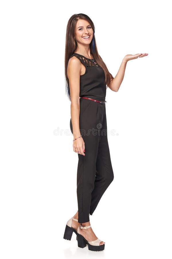 Femme d'affaires montrant l'espace vide de copie photo stock