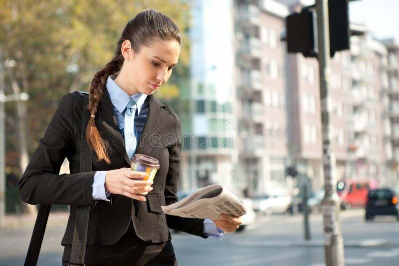 Femme d'affaires occupée photos libres de droits
