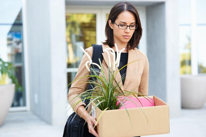 Femme d'affaires superflue Leaving Office image libre de droits