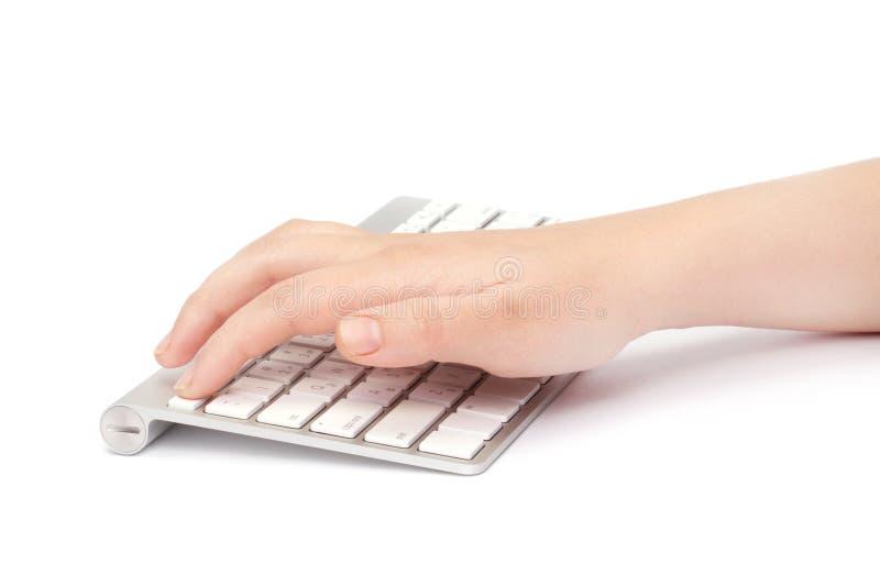 Femme d'affaires tapant sur le clavier photographie stock