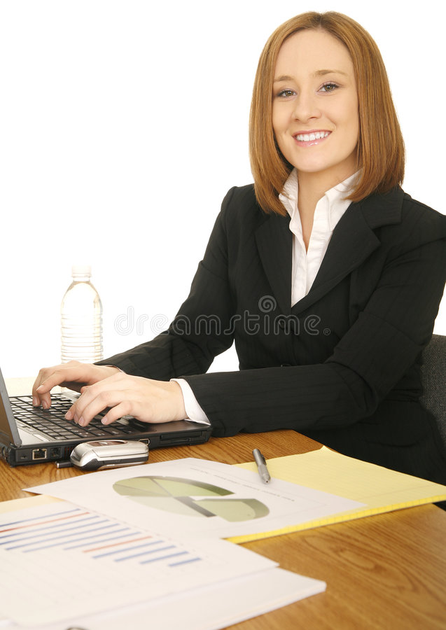 Femme d'affaires travaillant avec l'ordinateur images stock