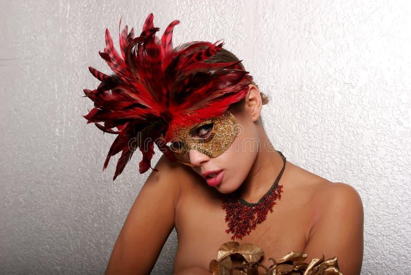Femme d'Afro-américain dans le masque images stock