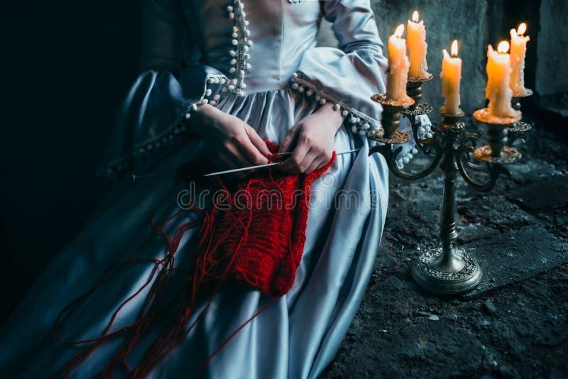 Femme dans la robe victorienne photos stock