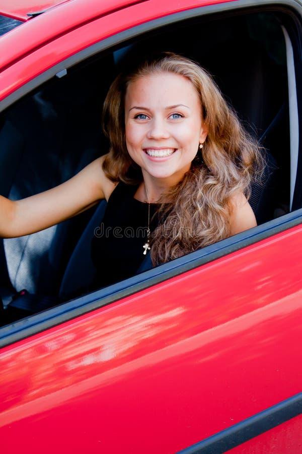 Femme dans la voiture photo libre de droits