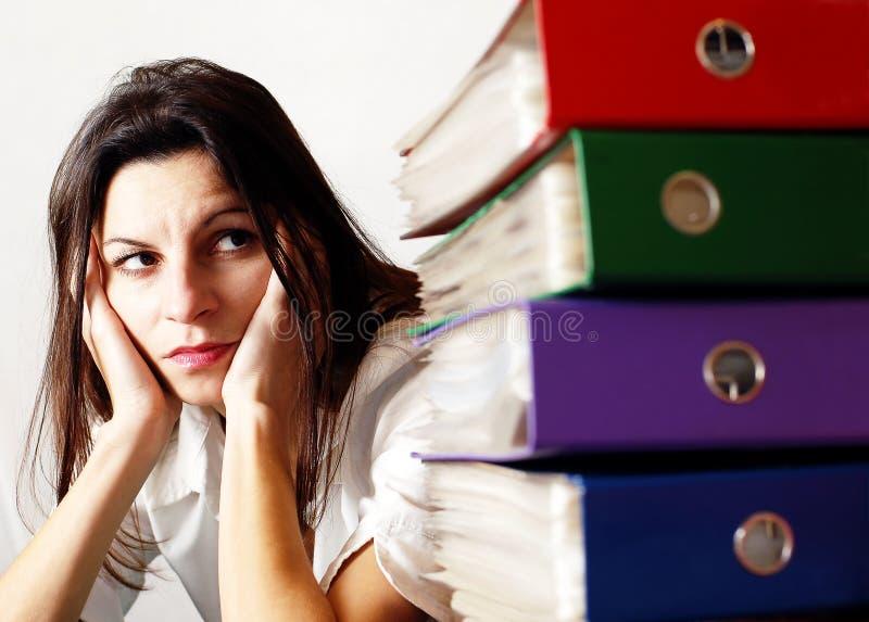 Femme dans le bureau 2 images stock