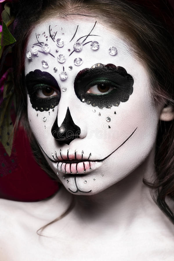 femme dans le maquillage de halloween masque de santa muerte de mexicain photo stock image. Black Bedroom Furniture Sets. Home Design Ideas