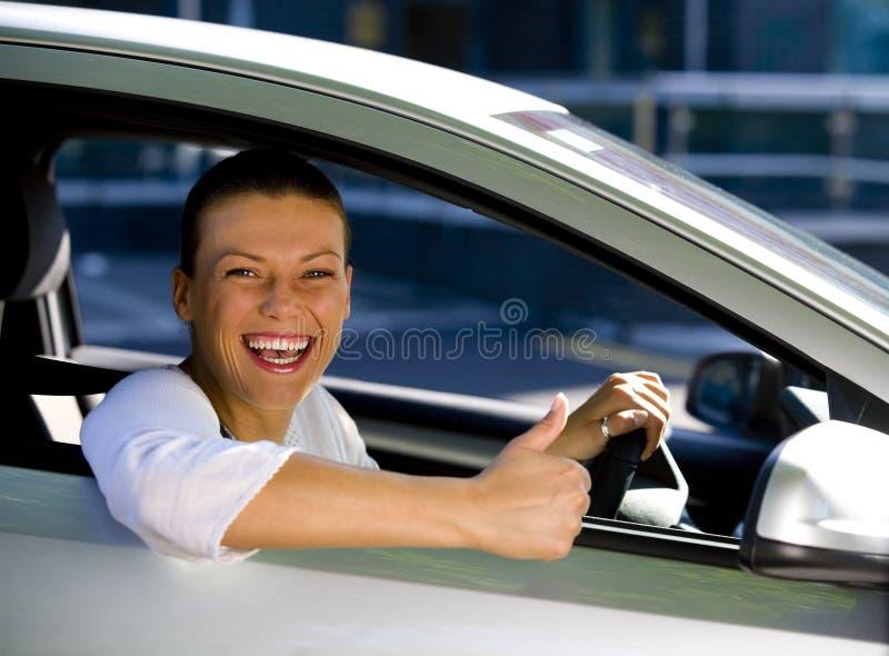 Femme dans un véhicule photos stock