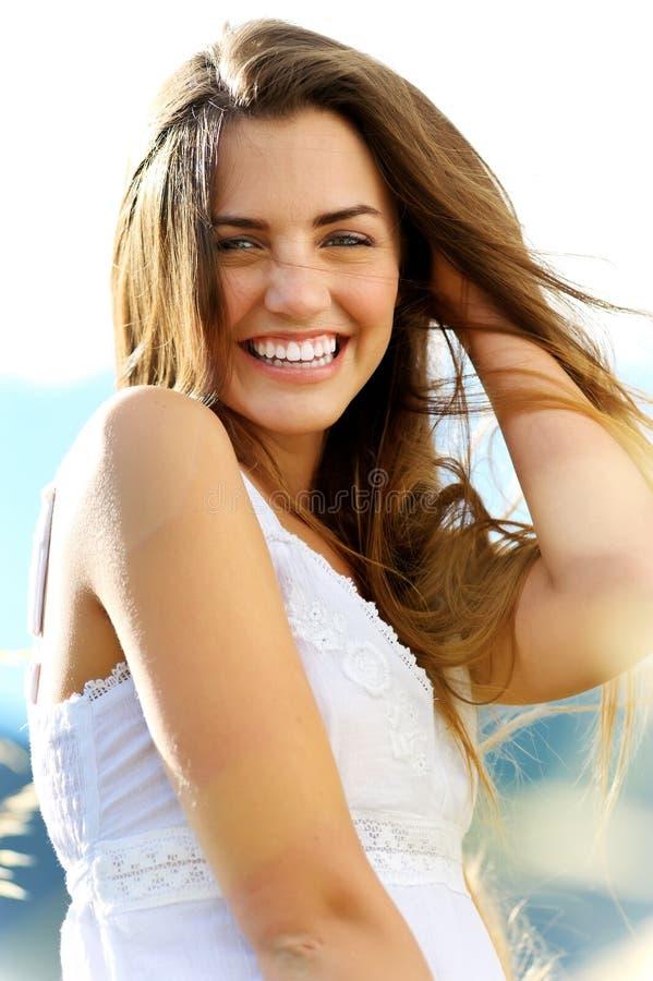 Femme de bonheur photographie stock