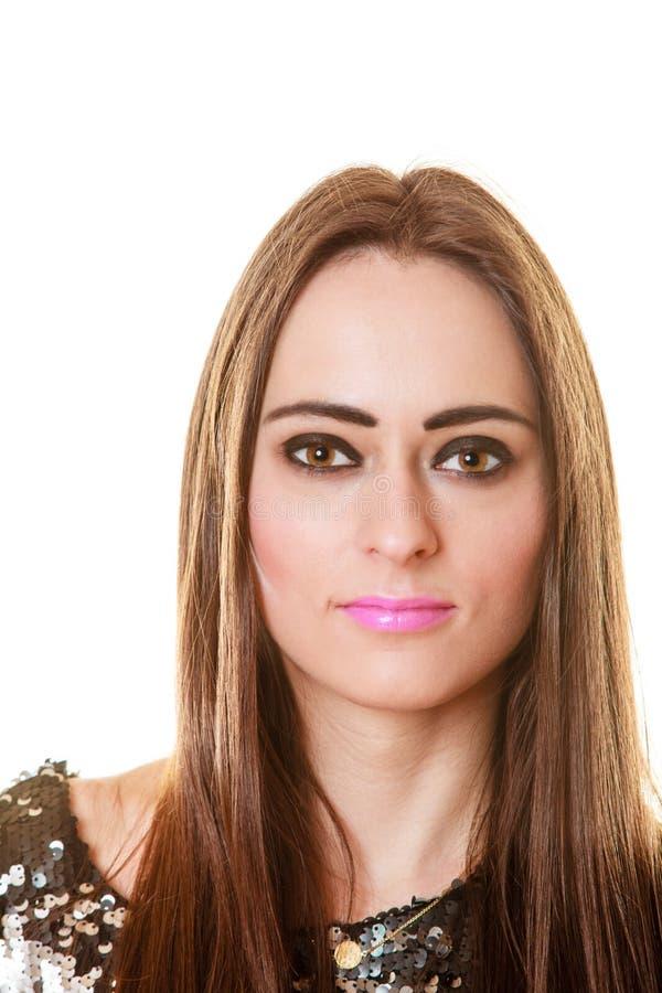 Femme de brune de portrait avec le maquillage foncé images libres de droits