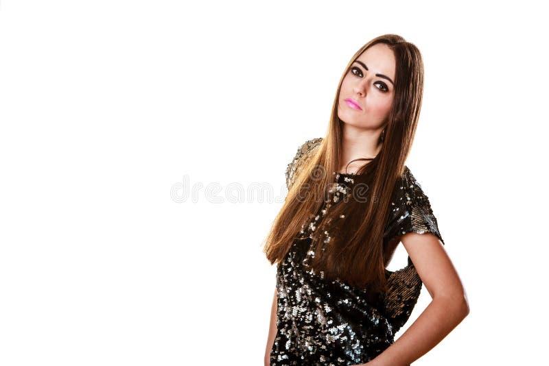 Femme de brune de portrait avec le maquillage fonc? image stock