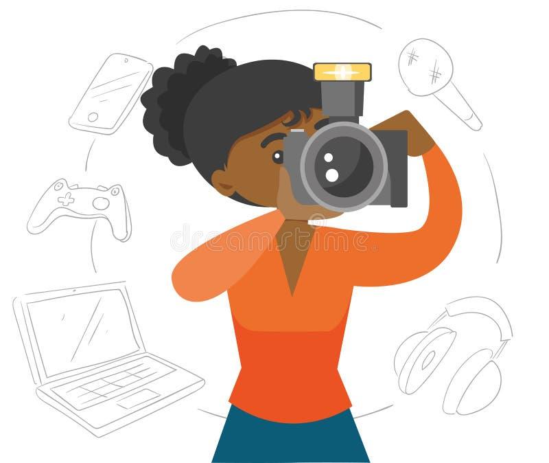 Femme de couleur faisant une photo avec l'appareil-photo moderne illustration de vecteur