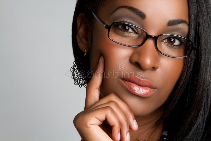 Femme de couleur pensante images libres de droits