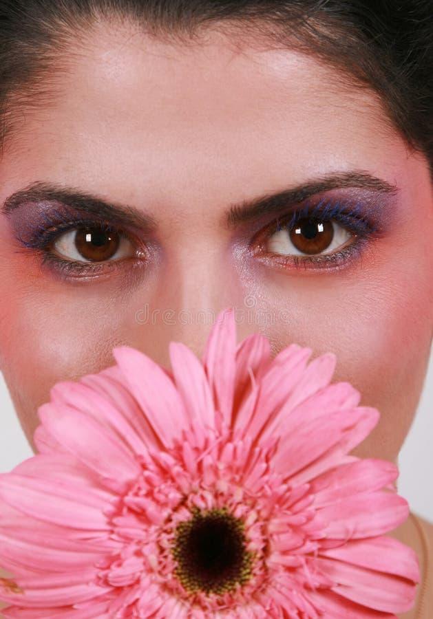 Femme de fleur photo stock