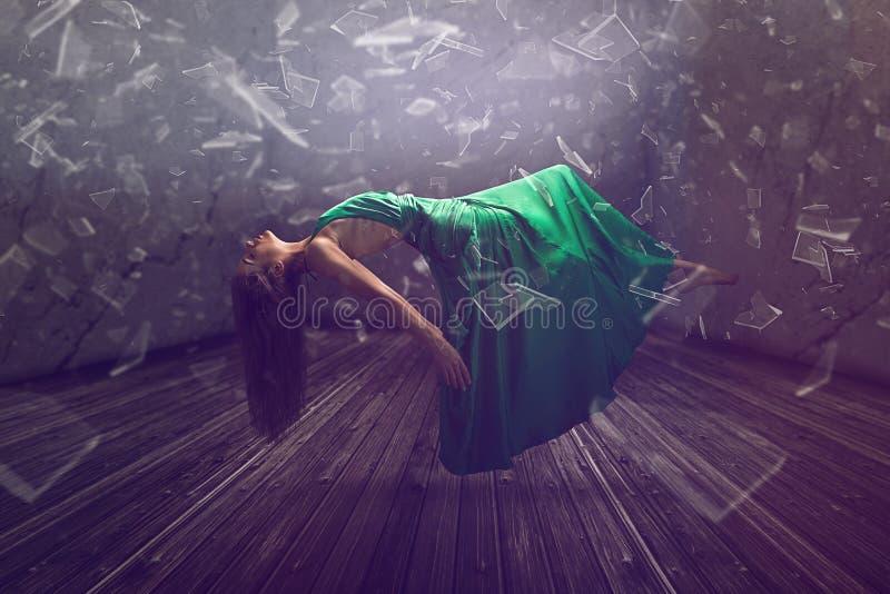 Femme de flottement photos libres de droits