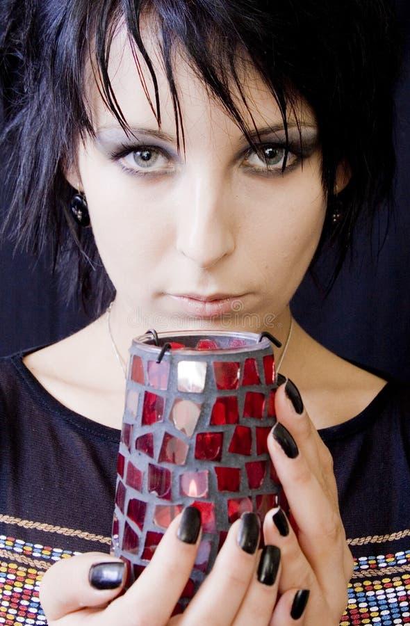 Femme de Goth avec la bougie images libres de droits