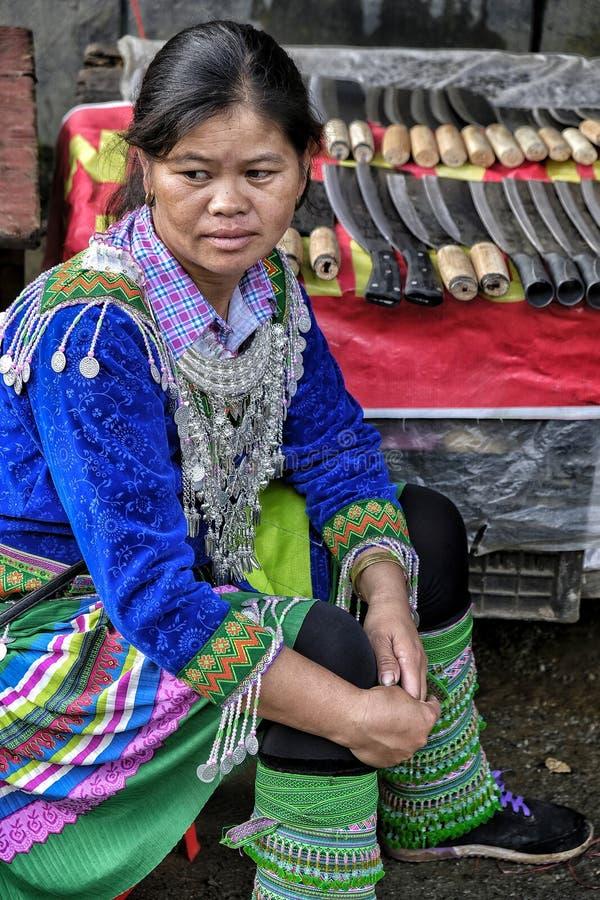 Femme de Hmong dans Sapa, Vietnam photos libres de droits