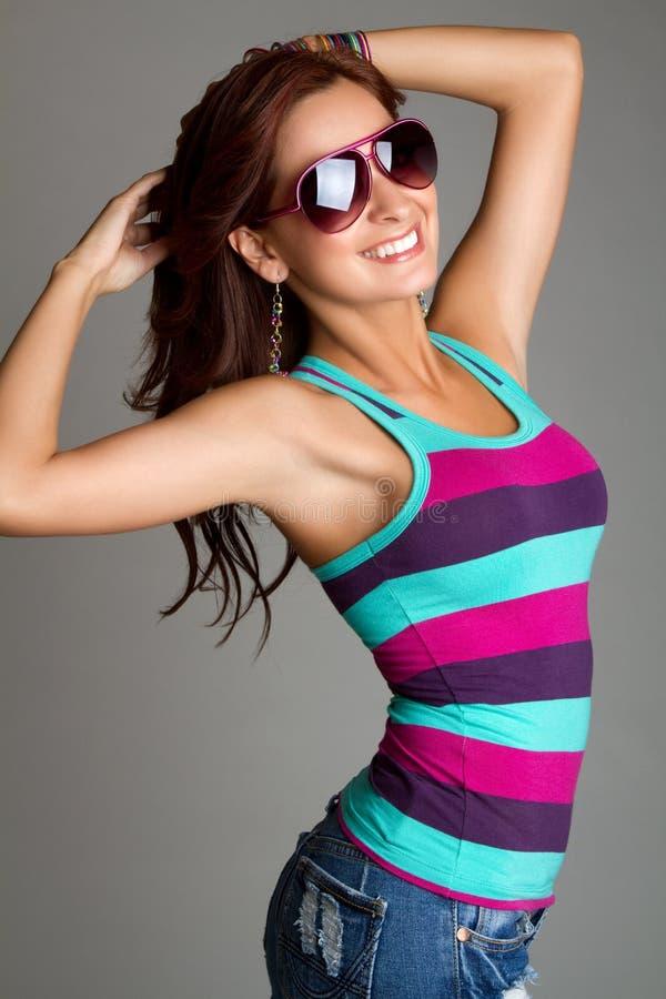 Femme de lunettes de soleil images libres de droits