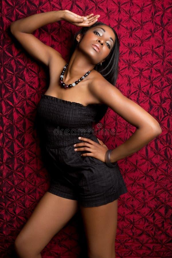 Femme de modèle de mode photographie stock libre de droits