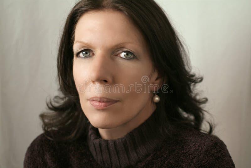femme de Moyen-âge dans le brun photographie stock libre de droits