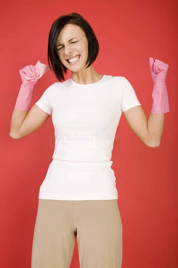 Femme de nettoyage fâchée image libre de droits