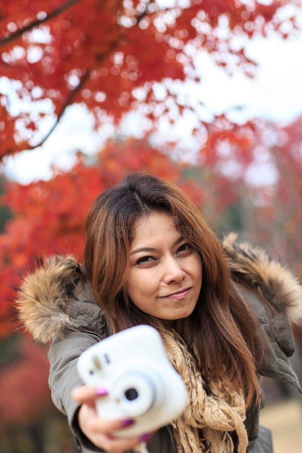 Femme de Portait sur l'île de Nami en Corée photographie stock